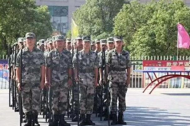 郑州哪所中专是军事化管理严格的学校